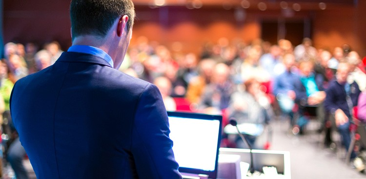 Career Guidance - 8 Mistakes That Are Killing Your Presentations
