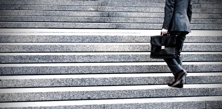 Career Guidance - 7 Secret Habits of Very Wealthy People