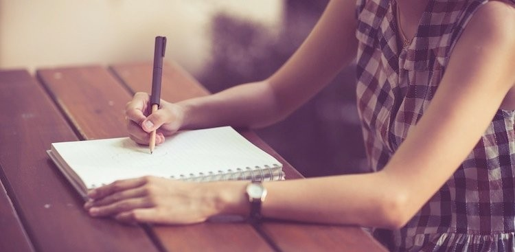 Career Guidance - The One-Minute Writing Activity That Will Make You Happier Every Day