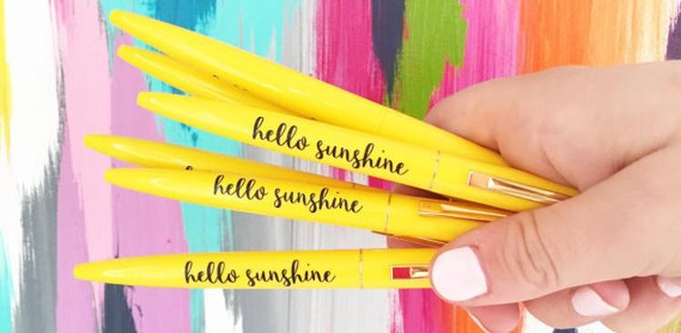 Office Supplies That'll Brighten Up Your Desk