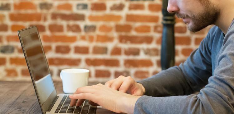 Man Explains Job Gap in Cover Letter
