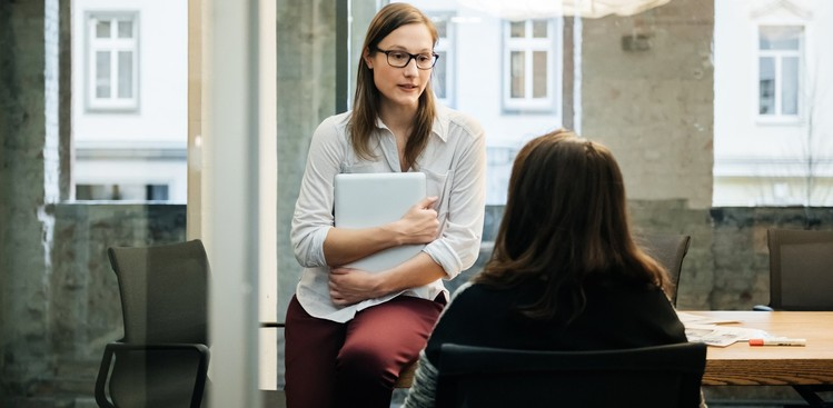 How Recruiters Should Work With Hiring Managers