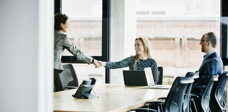 How to Follow Up After an Interview the Right Way - The Muse