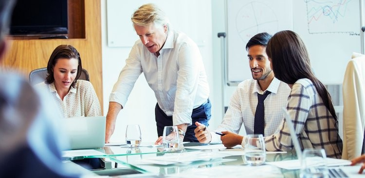 Career Guidance - 4 Things to Do at the End of a Meeting (if You Don't Want it to Be a Waste of Time)