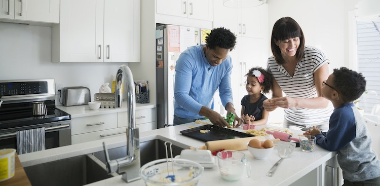 Career Guidance - Balancing Work With a Busy Home Life? Here are 3 Ways to Keep Your Sanity