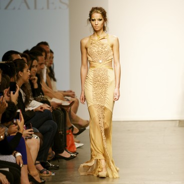 Career Guidance - Pamela Gonzales: An Inspiring Star at Nolcha Fashion Week