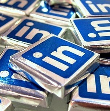 Career Guidance - Start Your Love Affair with LinkedIn