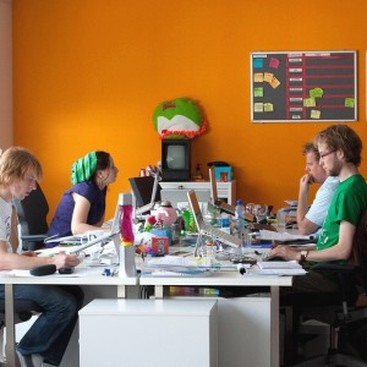 Career Guidance - Rally the Team: How to Create a Cool Office Culture