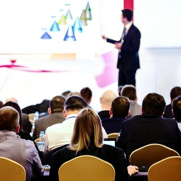 Career Guidance - Links We Love: Attending Conferences Like a Pro