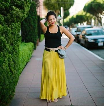 Career Guidance - Fashion-Forward Fanny Packs (With a Purpose): Meet Hiip Founder Nicole Flowers