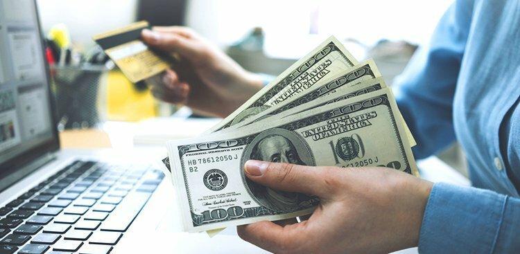 woman managing money