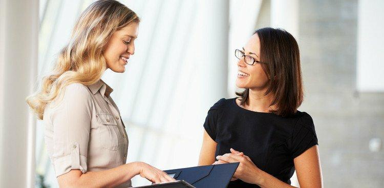 woman meeting interviewer