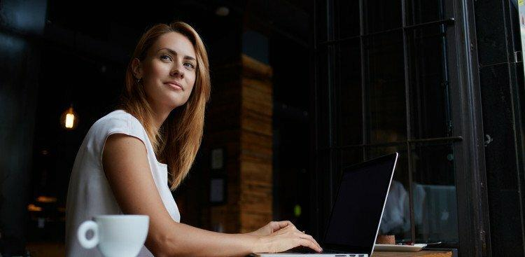 woman preparing to relocate for job