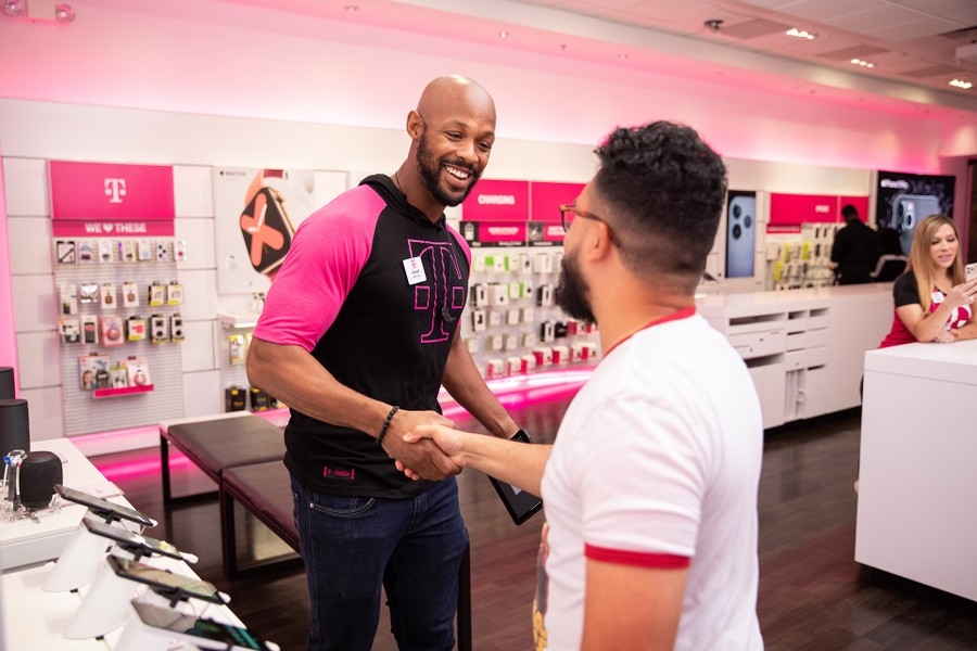 t mobile stores open in nj