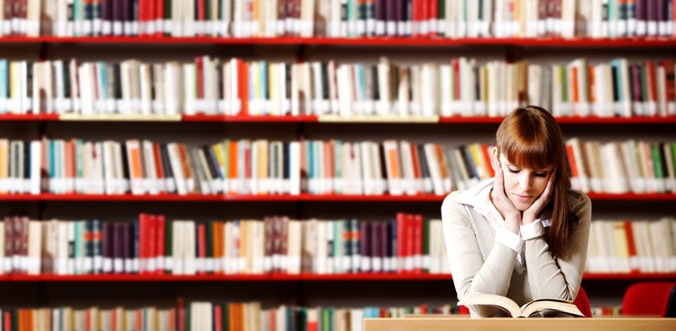 Career Guidance - 4 Things to Consider Before Going to Law School