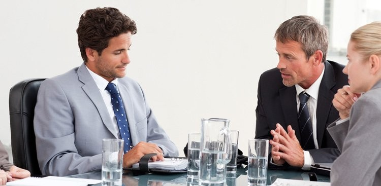 Career Guidance - 7 Signs Your Boss Hates You (and How to Handle It)