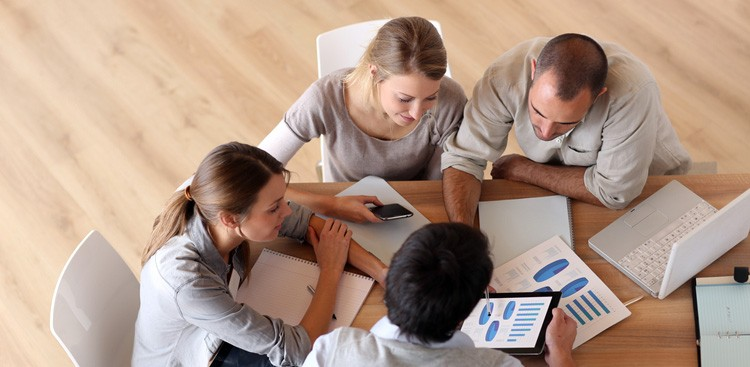 Career Guidance - 5 Must-Dos for First-Time Intern Managers