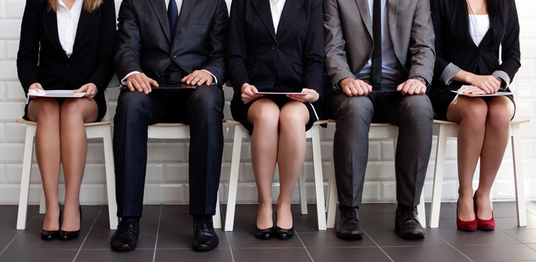 Career Guidance - How to Not Overdress for an Interview (Because Yes, That's a Thing)