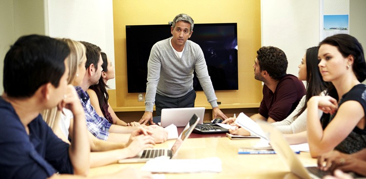Career Guidance - That Boring Meeting Might Make You More Creative, Says Science