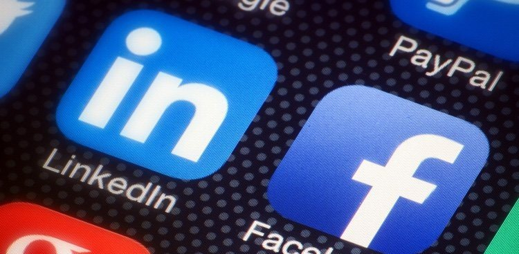 Career Guidance - 7 LinkedIn Rules That Will Make You an Online Networking Master