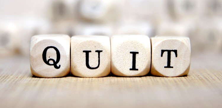 Career Guidance - 5 Signs You Should Quit Your Job in 2015