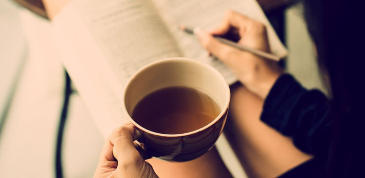 Career Guidance - 8 Things Highly Productive People Do Every Morning