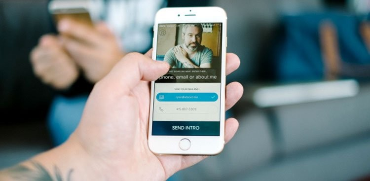 Digital Business Cards & Networking Apps - The Muse