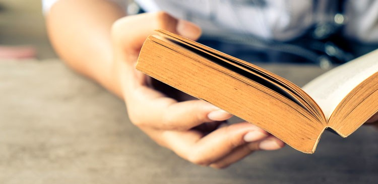 Career Guidance - 5 Articles That Should Be on Your Weekend Reading List