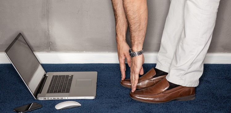 17 Desk Stretches to Try at Work -The Muse
