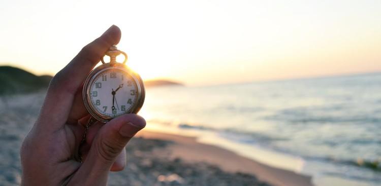 Clock on the beach