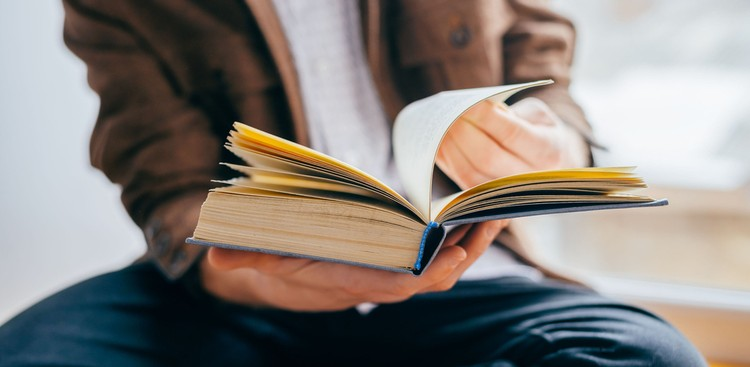 Career Guidance - 25 Books You Should Read, According to a Few of the World's Most Successful People