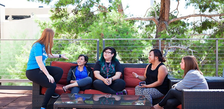 Career Guidance - Holacracy: The Management Style You've Never Heard of But Will Love at Zappos