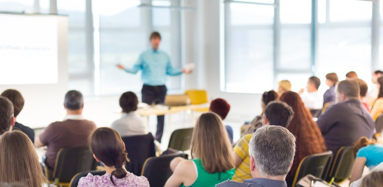 Career Guidance - 11 Free Public Speaking Tools That'll Make You Sound Like You Were Born to Present