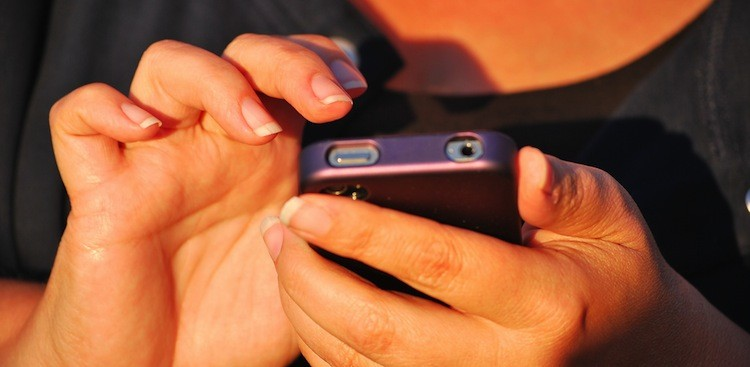 Career Guidance - A Case of iPhoneitis (and 3 Other Smartphone-Related Injuries)