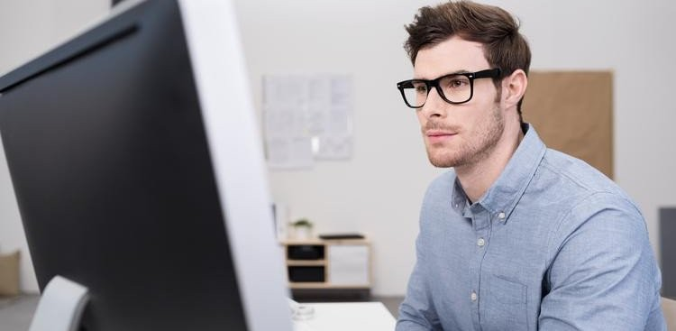 Unprofessional Email Habits To Avoid