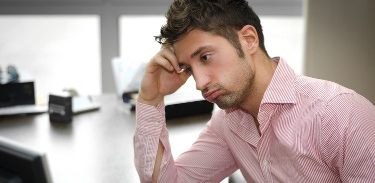 Career Guidance - 3 Surprising Benefits to Staying in a Job You Hate