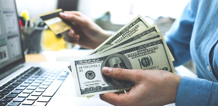 What to Do With Your Money in Your 20s - The Muse