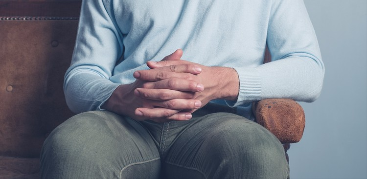 What to Do With Your Hands in an Interview