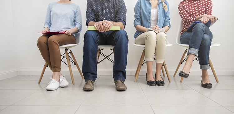 Career Guidance - Standing Out From the Crowd: How to Nail a Group Interview
