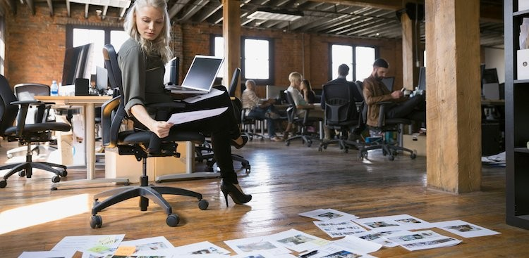"""Career Guidance - 5 Organizing Tips for Creative People Who Hate the Word """"Organization"""""""