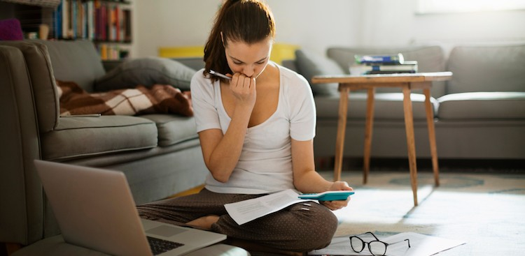 Career Guidance - 4 Times Trying to Save Money's Actually Hurting Your Bank Account