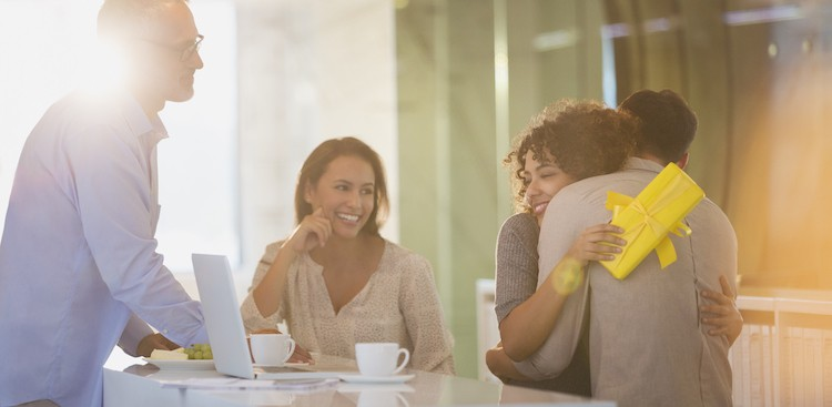 It's OK to Be Sad When Your Work Friend Quits - The Muse