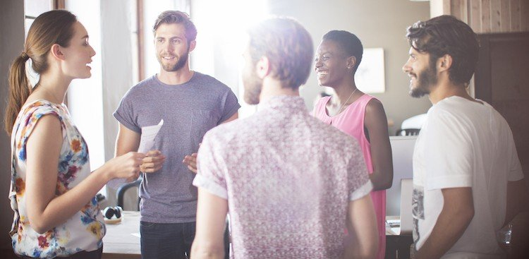 Career Guidance - 4 Ways to Make Your Elevator Pitch Memorable (Since That's the Whole Point)