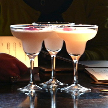 Career Guidance - 5 Situations to Avoid at Office Happy Hour