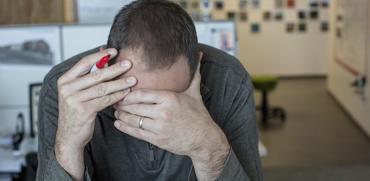 20 Ways to Get Through a Rough Patch at Work