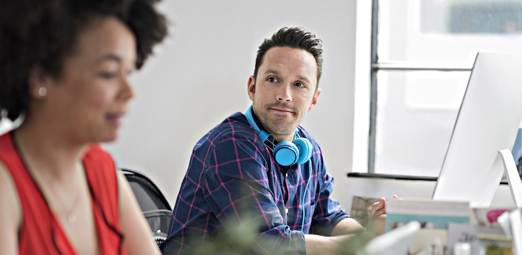 How to Deal With a Passive-Aggressive Co-worker