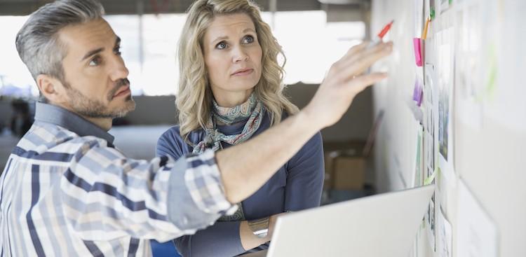 Career Guidance - 4 Steps to Handling a Tough Boss