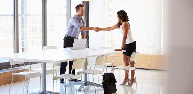 4 Moves That Make You Look Bad in a Job Interview