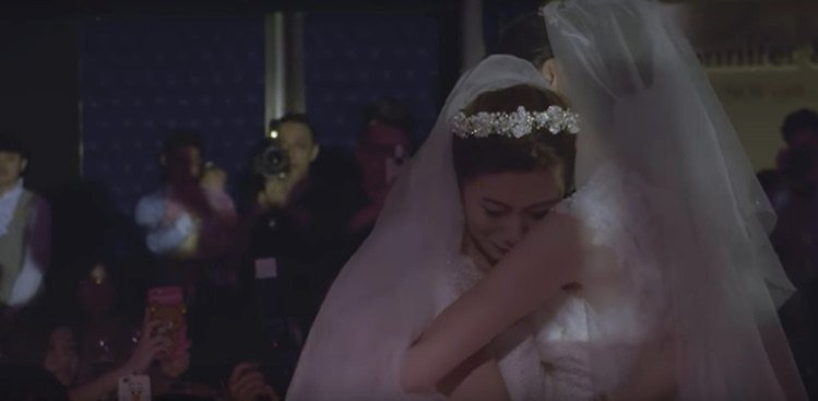 HSBC CEO Walks Lesbian Couple Down the Aisle (Video) - The Muse