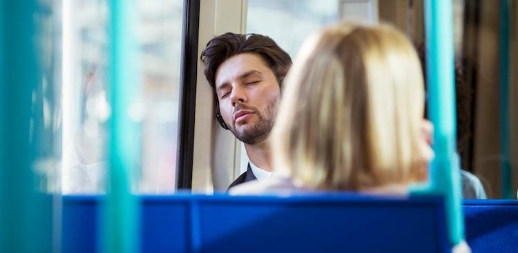 3 Bad Reasons You Don't Get Enough Sleep